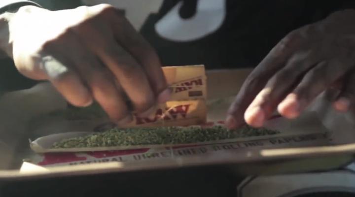 Wiz Khalifa – Medicated ft. Chevy Woods & Juicy J